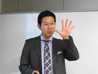 ロジクエスト株式会社 代表取締役 清水一成